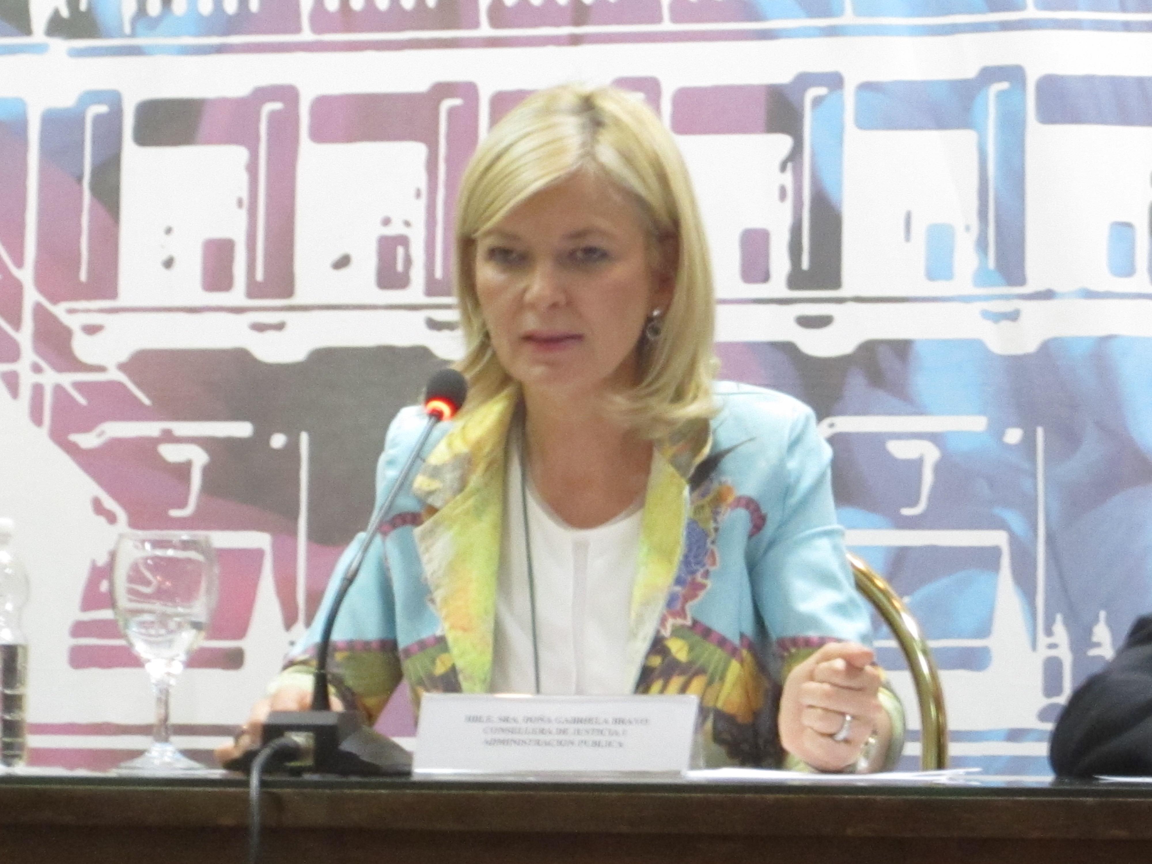 La AVJD invita a Gabriela Bravo, consellera de Justícia i Administració Pública. Estará con nosotros el 14 de abril a las 20:30 de la tarde en el Ateneo Mercantil